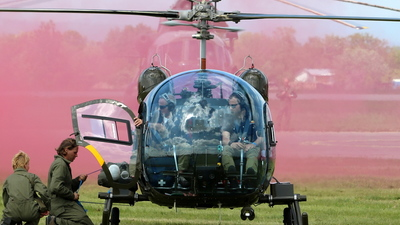 OE-XDM - Bell 47G-3B - The Flying Bulls