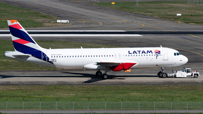 F-WWDY - Airbus A320-271N - LATAM Airlines