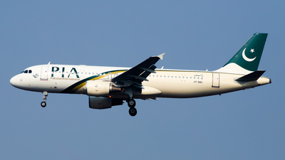A picture of APBMX - Airbus A320214 - Pakistan International Airlines - © Shajie Hussain