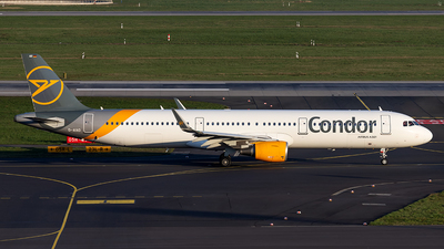 A picture of DAIAD - Airbus A321211 - Condor - © Christoph Flink
