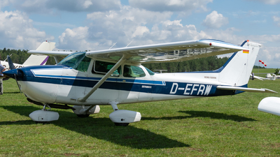 A picture of DEFRW - Cessna F172P - [F17202090] - © Timo Frisch