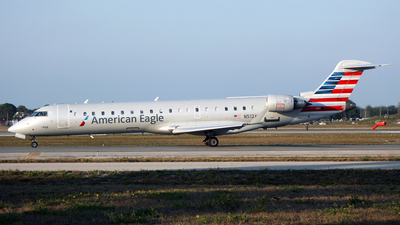N512AE - Bombardier CRJ-701 - American Eagle (PSA Airlines)