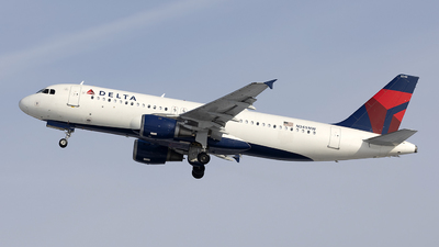 A picture of N345NW - Airbus A320212 - Delta Air Lines - © Jeremy D. Dando