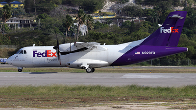A picture of N920FX - ATR 42300(F) - FedEx - © Alberto Cucini