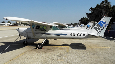 4X-CGB - Cessna 152 - MoonAir