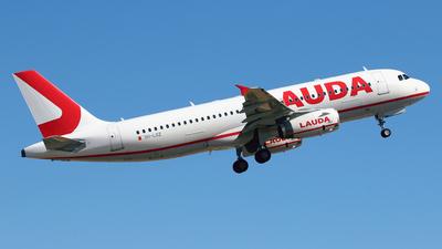 9H-LOZ - Airbus A320-232 - Lauda Europe