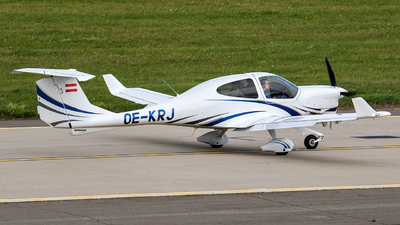 OE-KRJ - Diamond DA-40 Diamond Star - Aviation Academy Austria