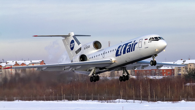 RA-42425 - Yakovlev Yak-42D - UTair Aviation