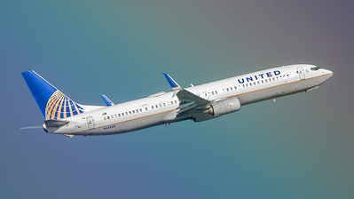 A picture of N63820 - Boeing 737924(ER) - United Airlines - © SR1