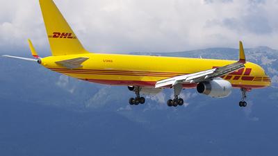 G-DHKM - Boeing 757-223(SF) - DHL Air