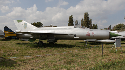 45 - Mikoyan-Gurevich MiG-21M Fishbed J - Ukraine - Air Force