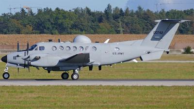 10-00742 - Beechcraft MC-12S Huron - United States - US Army