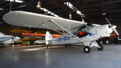 ZS-OXX - Piper PA-18-150 Super Cub - Private
