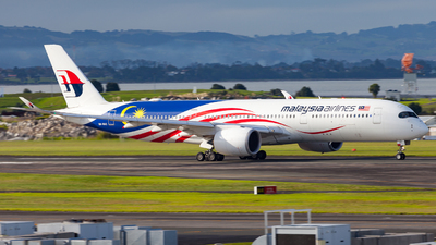 A picture of 9MMAC - Airbus A350941 - Malaysia Airlines - © Dominic Oakes