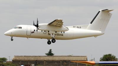 A picture of 5YSLD - De Havilland Canada Dash 8100 - Safarilink Aviation - © Terry Figg