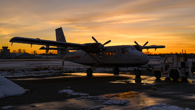 C-GGLE - De Havilland Canada DHC-6-100 Twin Otter - South Nahanni Airways