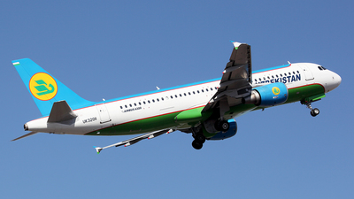 UK32011 - Airbus A320-214 - Uzbekistan Airways