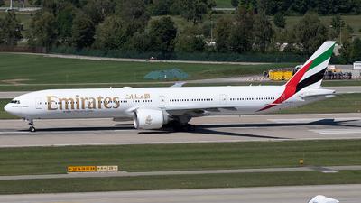 A6-EGI - Boeing 777-31HER - Emirates