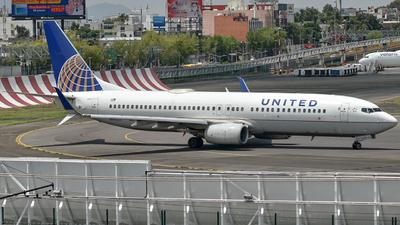 N14237 - Boeing 737-824 - United Airlines