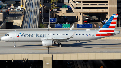 A picture of N427AN - Airbus A321253NX - American Airlines - © Jason Whitebird