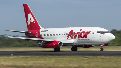 A picture of YV2937 - Boeing 7372Y5(A) - Avior Airlines - © Angelo Madson