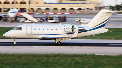 N732PA - Bombardier CL-600-2B16 Challenger 605 - Private