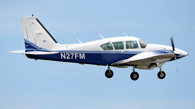 N27FM - Piper PA-23-250 Aztec - Private