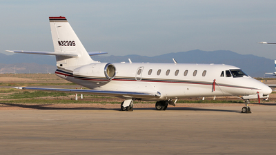 N323QS - Cessna 680 Citation Sovereign - NetJets Aviation