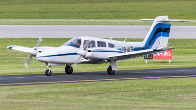 A picture of VHKFO - Piper PA44180 Seminole - [447995208] - © Dallas Presser