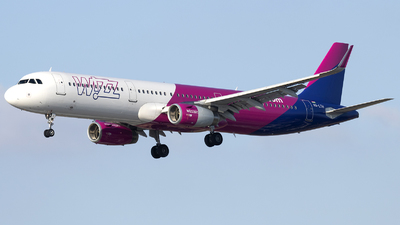 A picture of HALTH - Airbus A321231 - Wizz Air - © Tony Goldin