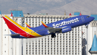 N909WN - Boeing 737-7H4 - Southwest Airlines