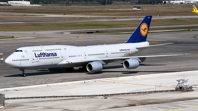 A picture of DABYG - Boeing 747830 - Lufthansa - © Rocky Wang