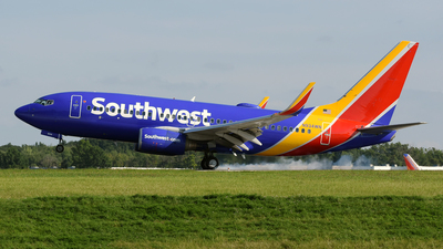 A picture of N934WN - Boeing 7377H4 - Southwest Airlines - © DJ Reed - OPShots Photo Team