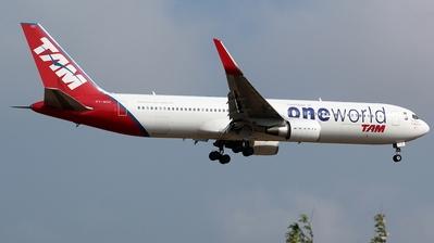 PT-MOC - Boeing 767-316(ER) - TAM Linhas Aéreas