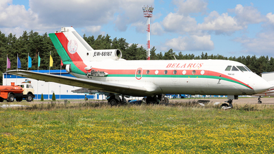 EW-88187 - Yakovlev Yak-40 - Belarus - Air Force
