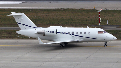 T7-MHA - Bombardier CL-600-2B16 Challenger 605 - ExecuJet Middle East