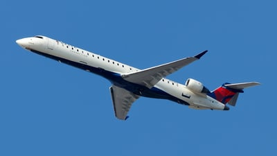A picture of N153PQ - Mitsubishi CRJ900LR - Delta Air Lines - © Oliver Richter