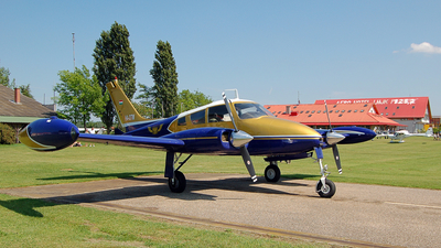 HA-OTM - Cessna 310D - Private