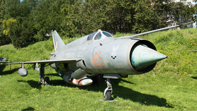 1125 - Mikoyan-Gurevich MiG-21R Fishbed H - Poland - Air Force