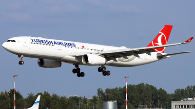A picture of TCLOA - Airbus A330343 - Turkish Airlines - © Grzesiek Krupa