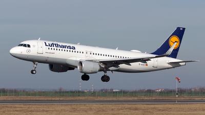 A picture of DAIUG - Airbus A320214 - Lufthansa - © Robert Dumitrescu