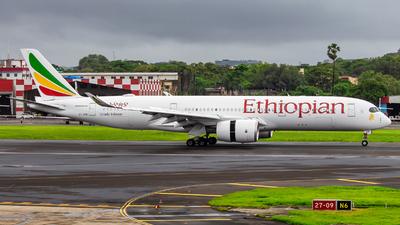 A picture of ETAVB - Airbus A350941 - Ethiopian Airlines - © Janam Parikh
