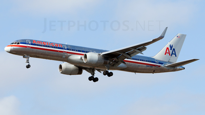 N607AM - Boeing 757-223 - American Airlines