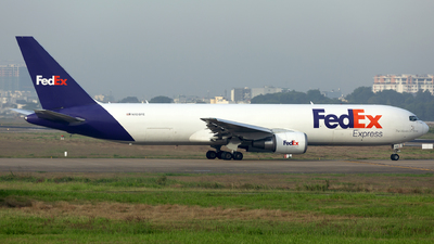 A picture of N108FE - Boeing 7673S2F(ER) - FedEx - © Thanh Ho - SFAP