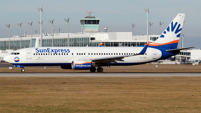 A picture of TCSEE - Boeing 7378CX - SunExpress - © Hugo Schwarzer