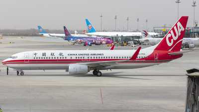 A picture of B1753 - Boeing 73789P - China United Airlines - © Eric Wang