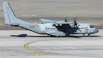 A picture of T.2105 - CASA C295M -  - © Florian Resech