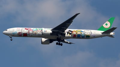 A picture of B16703 - Boeing 77735E(ER) - EVA Air - © Huy Do
