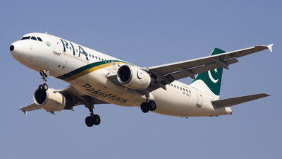 A picture of APBLY - Airbus A320216 - Pakistan International Airlines - © Shajie Hussain