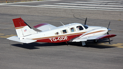 TG-GDF - Piper PA-34-200T Seneca II - Private